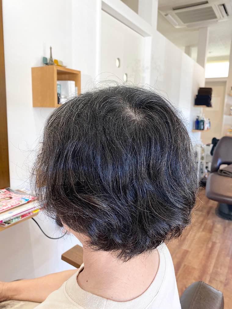 縮毛矯正ビフォー(左サイド)